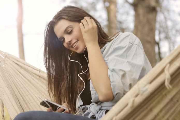 My Mood-Boosting Music Playlist (thepatchworkfox.com)